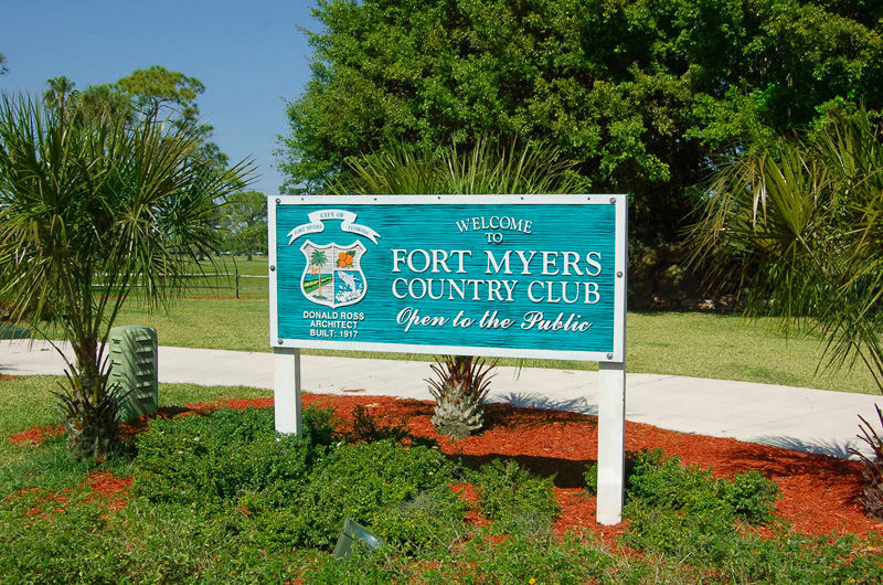 Fort Myers Country Club Entrance Sign